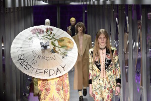 La sfilata di Gucci alla Settimana della moda di Milano, 22 febbraio 2017 (ANSA/FLAVIO LO SCALZO)