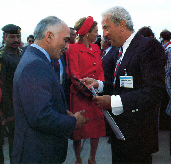 Parigi-Beijing-Parigi: Umberto Sala delivering silk tie with the colors of the Italian flag to King Hussein of Jordan